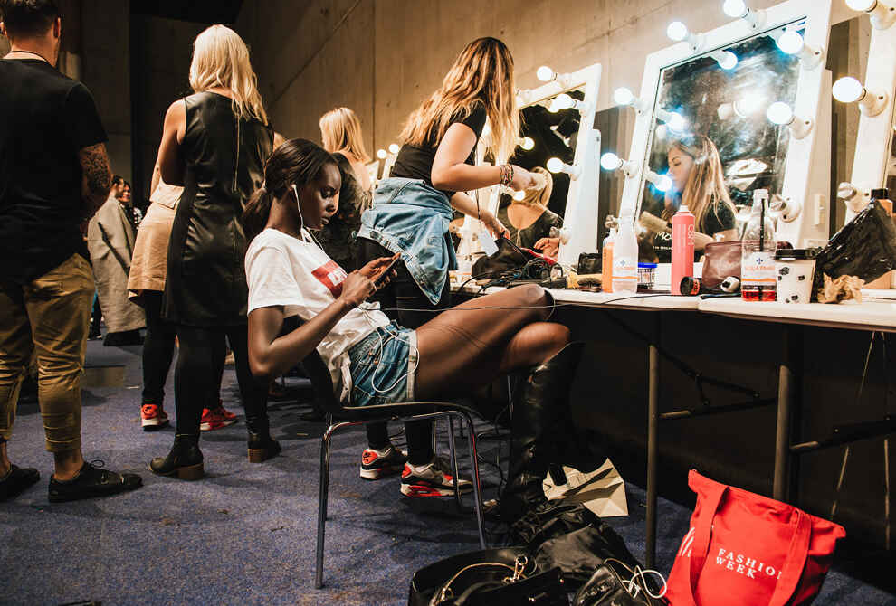 London Fashion Week's Beauty Trends For Less
