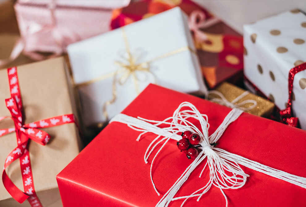 Best Christmas Gift Sets For Every Family Member